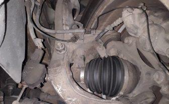 Peugeot 407 V6 com ruído na suspensão dianteira.